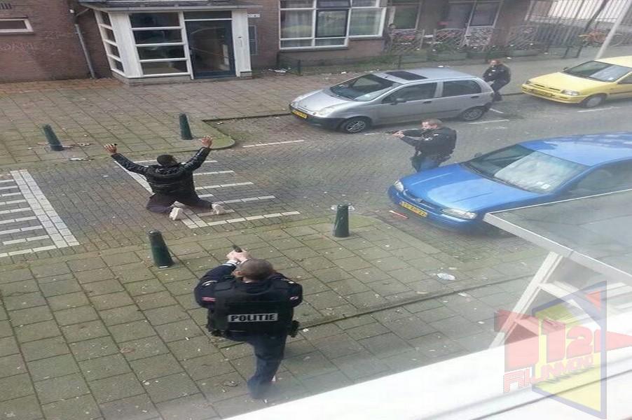 Man aangehouden na bedreiging met vuurwapen rotterdam for Rotterdam crooswijk