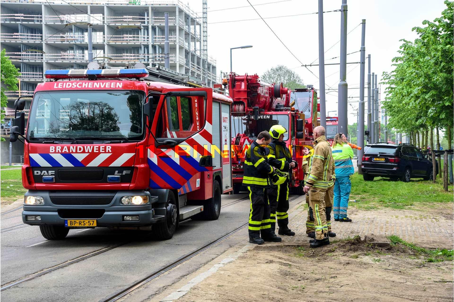 Politie haalt man uit lichtmast excelsior stadion for Honingerdijk rotterdam