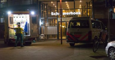 Lichtgewonde na steekpartij in flatwoning Schermerhoek Capelle aan den IJssel