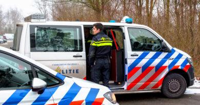 Persoon gestoken bij flinke burenruzie, politie zet taser in | Delflandseweg Schiedam