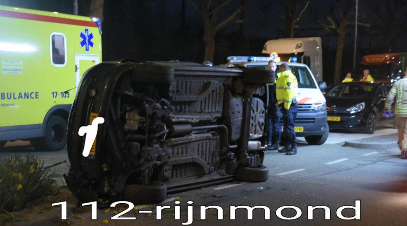 Automobilist rijdt te hard en slaat over de kop   Olympiaweg S105 Rotterdam