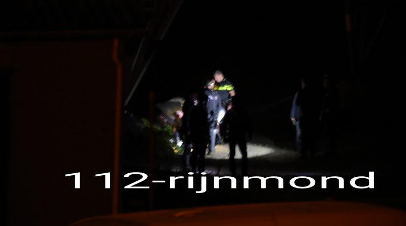 Twee personen in elektriciteitsmast aangehouden door arrestatieteam   Hekelingseweg Hekelingen