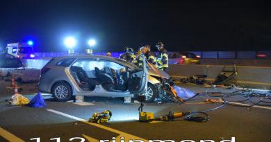 Dode en meerdere zwaargewonde bij aanrijding | A15 Maasvlakte