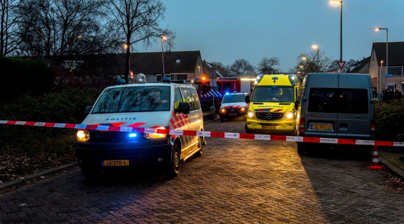 Persoon overleden bij steekpartij in woonwijk | Cromme Meth Hoogvliet