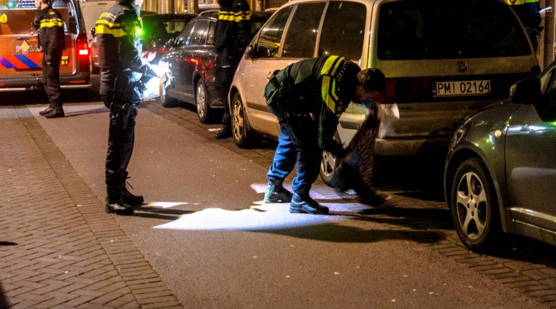 Persoon raakt gewond na steekpartij | Dorpsweg Rotterdam