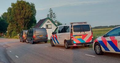 Overleden vrouw aangetroffen na brand in woning   Middelsluissedijk Oostzijde Numansdorp