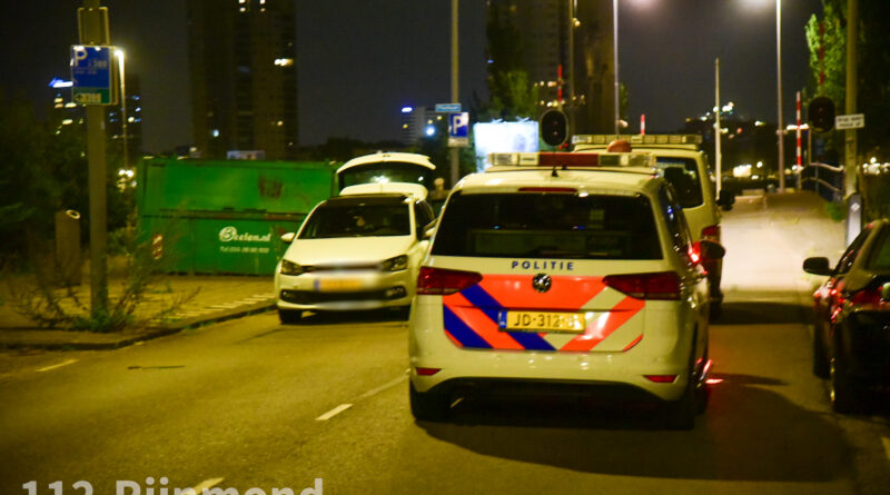 Persoon schiet op geparkeerde auto | Persoonshaven Rotterdam